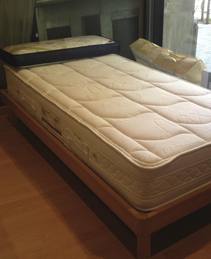 Cama 90 x 190 + colchón de muelles